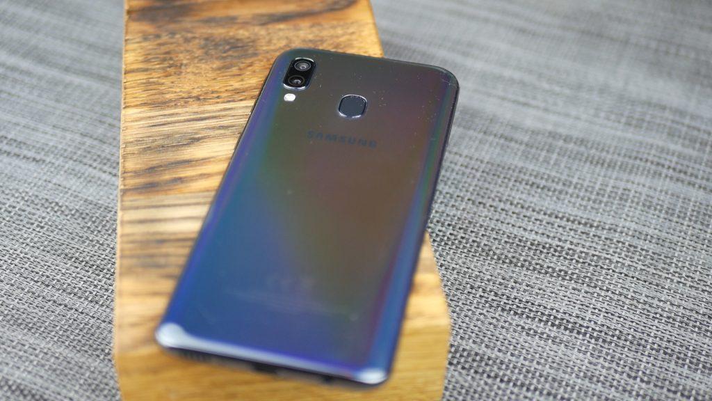 Samsung Galaxy A40 / fot. Kacper Żarski (Kapsologicznie.pl)
